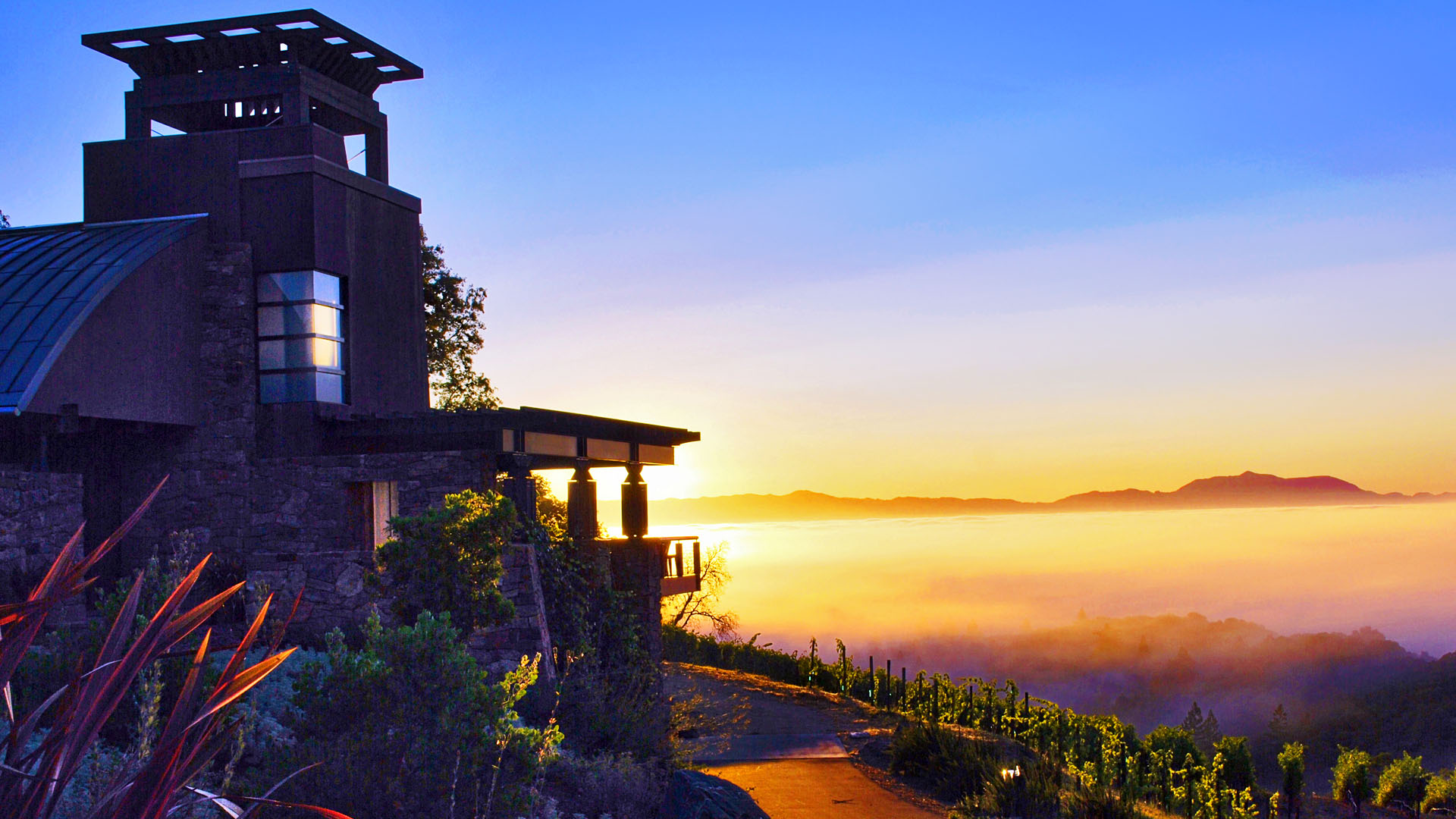 Arteriors Architects Sonoma California Mountaintop House Valley Sunrise